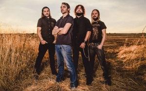 """De izquierda a derecha: Juanjo Arcas (batería), Txetxu Otero (voz), Juan Carlos Tovar """"Zurdo"""" (guitarra), José Hurtado (bajo)"""